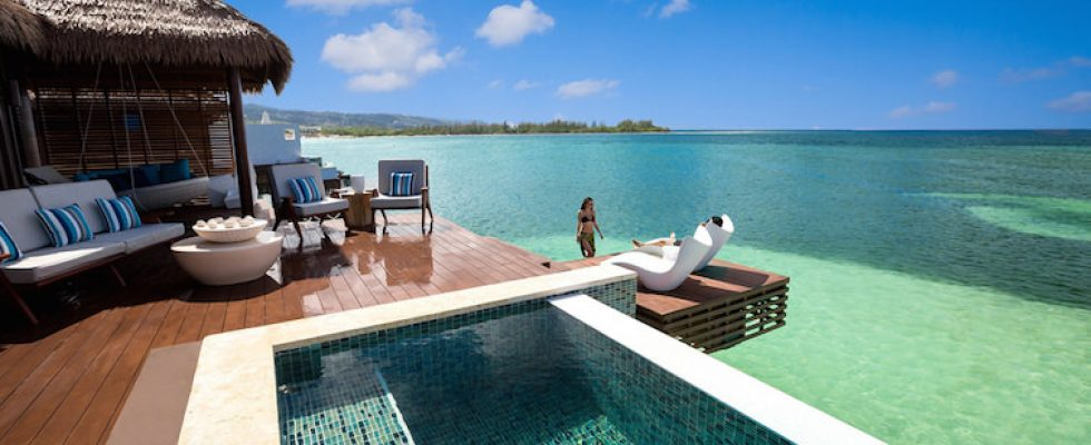 057ad65a0103 9 Overwater Bungalows Open at Sandals Grande St. Lucian - Caribbean ...