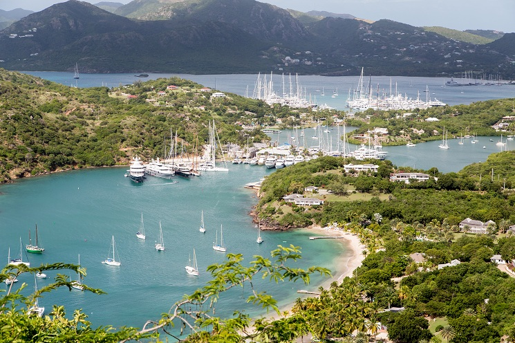 Yachts & Sailboats in Antigua Harbor