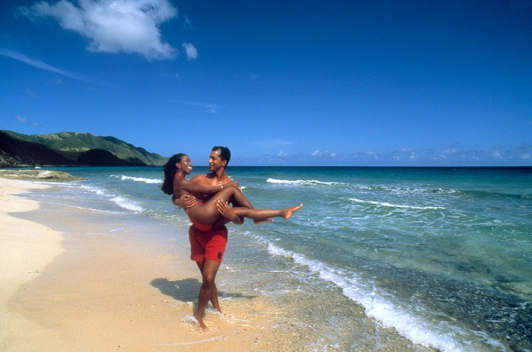 US Virgin Islands: Couple At Davis Bay, St. Criox