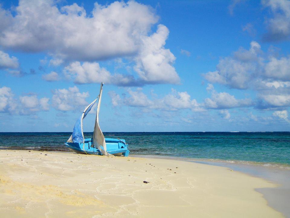 Bequia: Boat on Beach