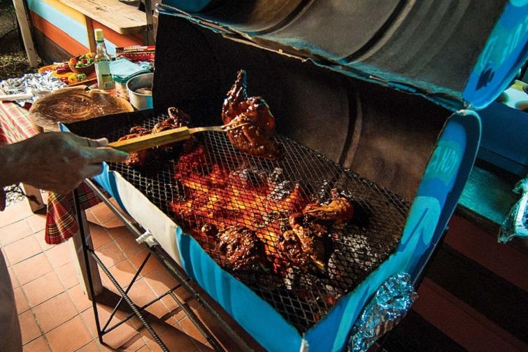 Caribbean Food: Jamaica: Jerk Pit