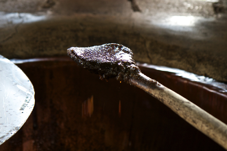 Molasses from sugar cane