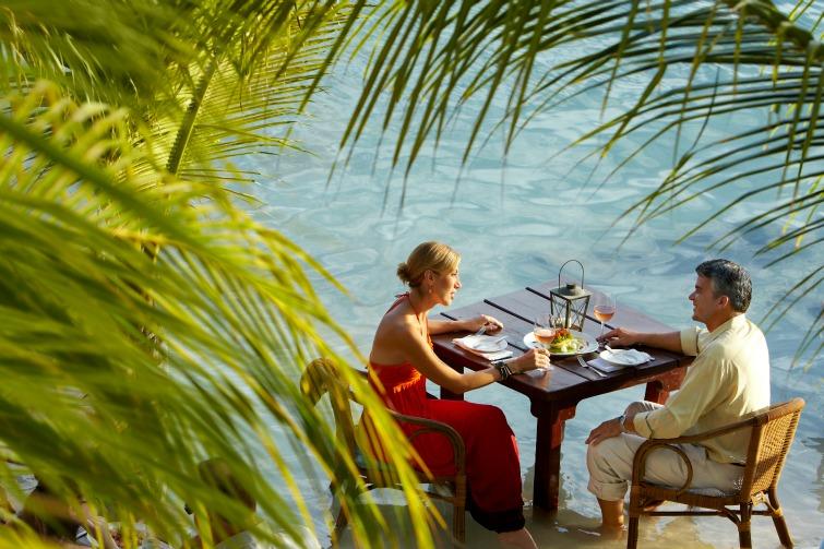 Aruba - Couple Dining by the Beach