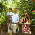 Aruba - Family At Butterfly Farm