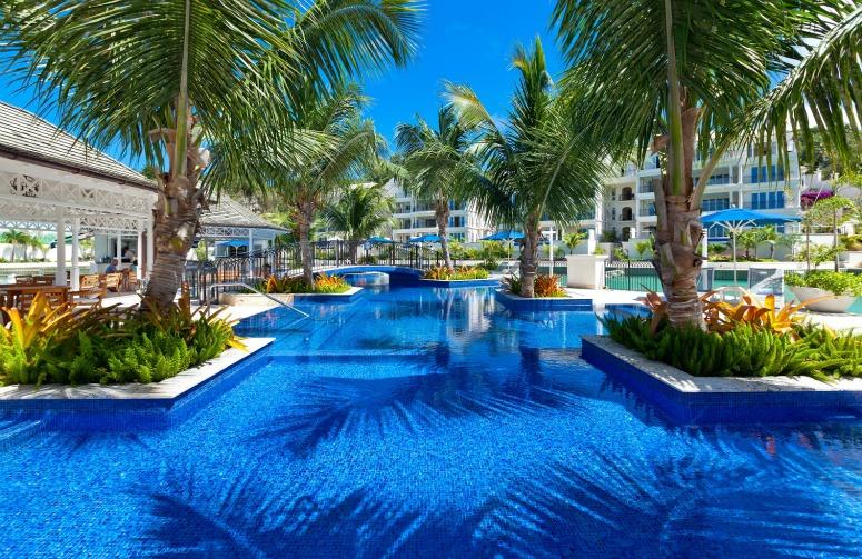 2 barbados luxury resorts residential developments for Luxury getaways