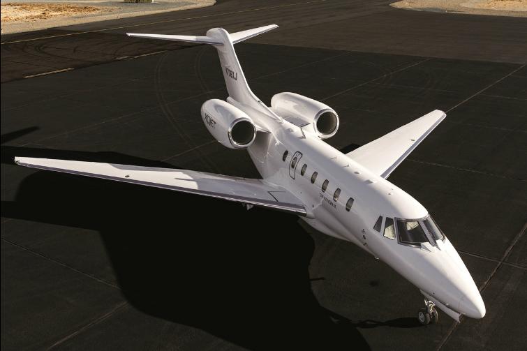 XOJet_Challenger300_Ground