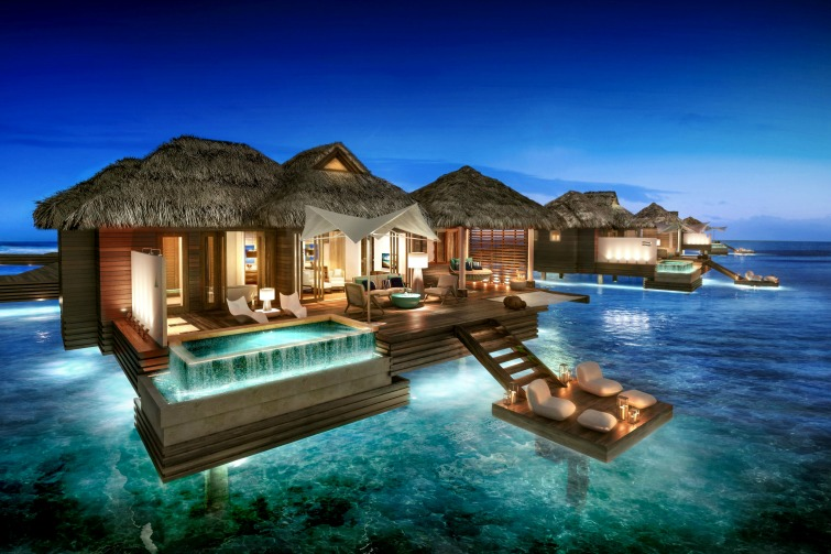 Sandals-Royal-Caribbean_Overwater-Bungalow_Night-View