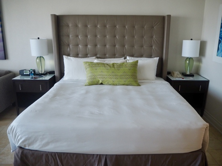 St Kitts Marriott Resort & The Royal Beach Casino: Room 358 King Size Bed.
