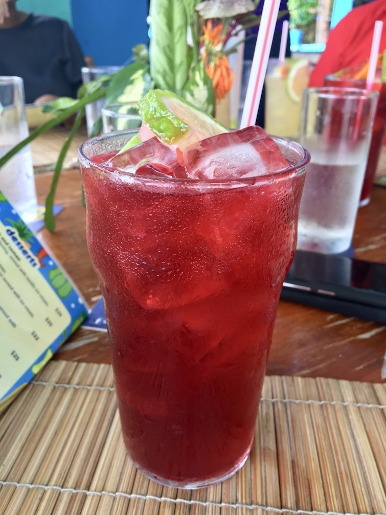 Grenada: BB's Crabback Caribbean Restaurant: Sorrell Drink.