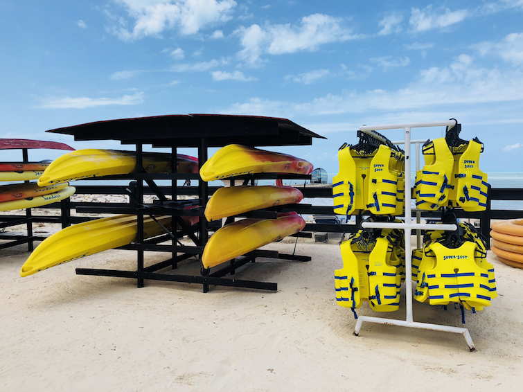 Sandals Grande Antigua Resort & Spa: water sports - kayaks and swimming life jacket.