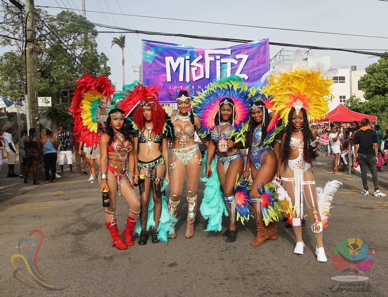 Antigua-Carnival_Pretty-Ladies-Pretty-Co