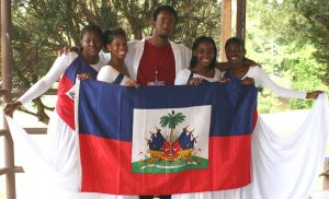 Motown Maurice and USF's Total Praise Haitian Dances at the Tampa Haitian Flag Day Festival 2006. Photo Credit: © JourneyMeadows via Wikimedia Commons.